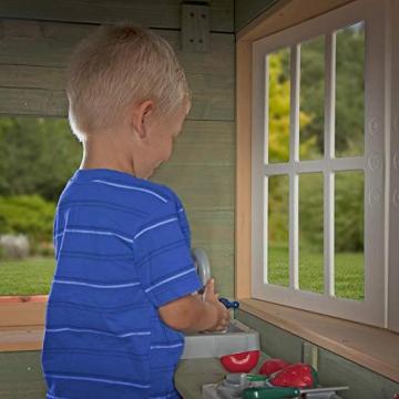 Beauty.Scouts Holzspielhaus Vala mit Spielzubehör 188x165,1x170,2cm aus Zedernholz in grün Kinder Spielhaus Kinderspielhaus Ranch Stil Gartenhaus - 7