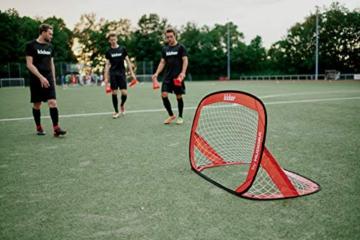 HUDORA Kinder & Erwachsene Pop Up Fußballtor Edition, 2er Set | Faltbares Fußball-Tor im exklusiven Kicker Design für den Garten und unterwegs, rot, 120 x 80 x 80 cm - 3