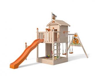 ISIDOR Spielturm Giraffico Aufstiegsauswahl (Leiter, Rampe, Treppe) und Schaukelanbau, Rutsche, Reckstange, hissbarer Fahne und Kletterwand auf 1,50 Meter Podesthöhe (Sprossenleiter, Orange) - 1