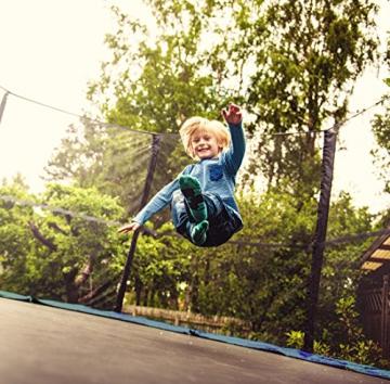 Ultrasport Outdoor Gartentrampolin Jumper, Trampolin Komplettset inklusive Sprungmatte, Sicherheitsnetz, gepolsterten Netzpfosten und Randabdeckung, bis zu 120 kg, blau, Ø 180 cm - 3