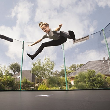 Ultrasport Outdoor Gartentrampolin Jumper, Trampolin Komplettset inklusive Sprungmatte, Sicherheitsnetz, gepolsterten Netzpfosten und Randabdeckung, bis zu 150 kg, grün, Ø 366 cm - 2